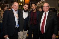 Von Links nach Rechts: Graeme Mason, CEO Screen Australia, Ryan Griffen und Hunter Page-Lochard (Cleverman), Ambassador Ritchie